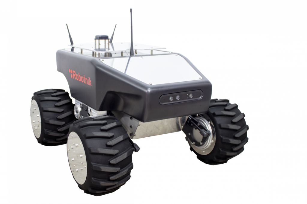 Robotnik Summit-XL HL a robot platfrom for security and surveillance applications